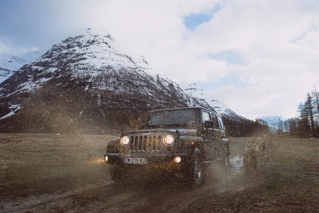 Always obey the no mud splashing road rule.