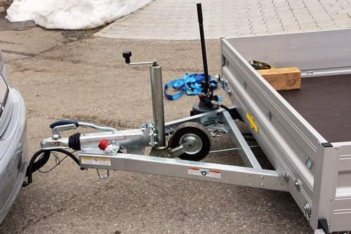 reversing a trailer like this can be difficult
